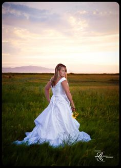 Bridals Beautiful Bride Taken By A Moments Reflection Photography Amr Photo Com