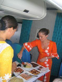 Air Tahiti, Tahiti Nui, Meal Service, Airplane Interior, Fly Air, Airline Uniforms, Travel Flights, International Airlines, Intelligent Women