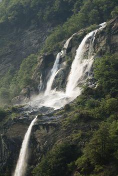 brutalgeneration:  Acquafraggia Falls, Borgonuovo di Piuro (SO) #2 (by storvandre)