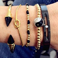 Set By Vila Veloni Ying Yang Symbol Bracelets