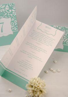 Meniul pentru nuntă - un accesoriu util prin care le transmiți invitaților ce urmează să servească în cadrul evenimentului tău. Place Cards, Place Card Holders