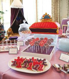 Royal First Birthday Bash {Little Prince Theme} // Hostess with the Mostess®