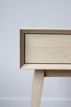 Plywood Desk – Urbansize