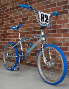 Big Blue Whale, Bmx Cruiser, Bmx Racing, Cafe Bike, Bmx Bicycle, Old Bikes, Heart For Kids, Bike Stuff, Vintage Bicycles