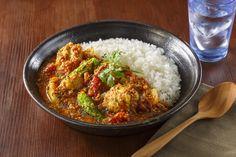 南インド風スパイスチキンカレー スパイスから作るスパイスカレー  チキンはヨーグルトとガラムマサラに漬けこんで、やわらかく