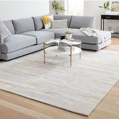 Grey Sectional, Living Room Sectional, Living Room Carpet, Rugs In Living Room, Living Room Decor, Open Plan Kitchen Living Room, Living Room Modern, Small Furniture, Furniture Decor