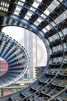Centro-Cantón strutured de acero de la exposición, China.
