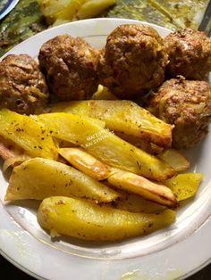 Μπιφτεκάκια χωρίς ψωμί κ πατάτες σαν τηγανιτές φούρνου !!! ~ ΜΑΓΕΙΡΙΚΗ ΚΑΙ ΣΥΝΤΑΓΕΣ 2 Sausage, Beef, Food, Meat, Sausages, Essen, Meals, Yemek, Eten