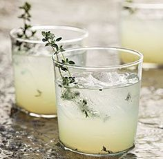 Limoncello gin cocktail with thyme. Try Albergian gin and limoncello in this cocktail! Cocktail Gin, Best Gin Cocktails, Cocktails To Try, Cocktail Shaker, Limoncello Cocktails, Homemade Limoncello, Italian Cocktails, Drinks With Lemoncello, Limoncello Recipe