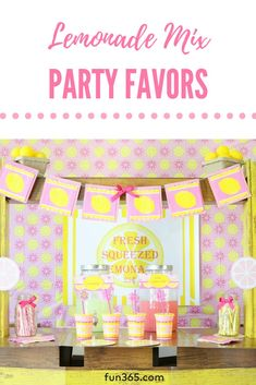 Treat your guests to their own custom cup of refreshing lemonade! These Lemonade Mix Party Favors come with a FREE printable too! Unique Party Themes, Party Ideas, Theme Ideas, Baby 1st Birthday, 1st Birthday Parties, Pink Lemonade Party, Diy Wedding Projects, Oriental Trading, Party Planning
