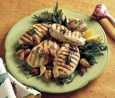 Grilled Chicken Breast with Melted Cheese and Red Pepper Filling Grilled Stuffed Chicken, Cheese Stuffed Chicken, Sauce Recipes, Chicken Recipes, Cooking Recipes, Cooking Tips, Side Dishes For Bbq, Side Dish Recipes, Yummy Eats