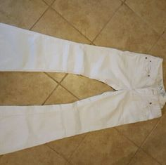 White express flare jeans Size 4 white express flare jeans worn once. Excellent condition Express Jeans Flare & Wide Leg