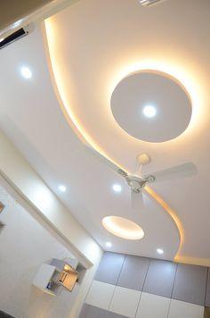 Simple Ceiling Design, Gypsum Ceiling Design, Interior Ceiling Design, House Ceiling Design, Ceiling Design Living Room, Bedroom False Ceiling Design, Bedroom Pop Design, Pooja Room Design, Room Door Design
