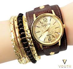 Relógio Bracelete de Couro Feminino Vouth  Visite nossa FanPage : https://www.facebook.com/Passarella-Brasil-212170078859412/ Visite nosso site: http://www.passarellabrasil.com.br/ #passarellabrasil #relógiovouth #vouthrelógios #relógiobracelete #relogiobraceletemasculino