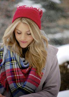 PolishedandPink: Let it Snow...