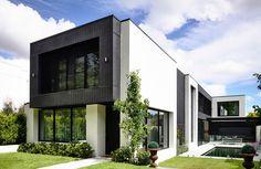 Somptueuse maison contemporaine australienne défiant un terrain accidenté, Kew House par Amber Hope Design - Melbourne, Australie #construiretendance