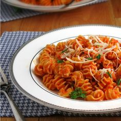 Roasted Red Pepper Pasta is made lighter by using Greek yogurt. A delicious way to eat your veggies, quick & easy for a weeknight!