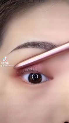 Eyeliner Looks, No Eyeliner Makeup, Dope Makeup, Asian Eye Makeup, Asian Eyes, Eyeliner Tutorial, Beauty, Make Up, Hairstyle Short