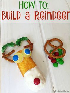 Easy Christmas craft you can do with kids is how to build a reindeer with a Twinkie and other snacks. Great party activity.