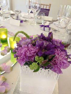 flower box white/purple
