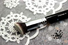 Aliexpress.com: Compre Sgm F88 plano ANGLED KABUKI synthetic cosméticos escova de confiança brush pen fornecedores em H P