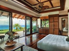 The Most Expensive Beach House In Hawaii House & Interior Beautiful Beach Houses, Dream Beach Houses, Beach House Furniture, Beach House Decor, Tropical Home Decor, Tropical Houses, Beach Mansion, Hawaiian Homes, Expensive Houses