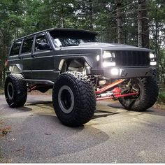 Lifted Jeep Cherokee, Cherokee Sport, Jeep Grand Cherokee, Custom Jeep, Custom Trucks, Jeep Xj Mods, Jeep Gear, Overland Truck, Badass Jeep