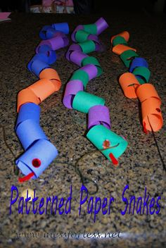 Paper Pattern Snakes - Kids learn about patterns while making a paper snake