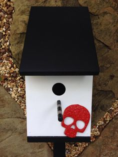 Birdhouse with decoration using Durham's water putty
