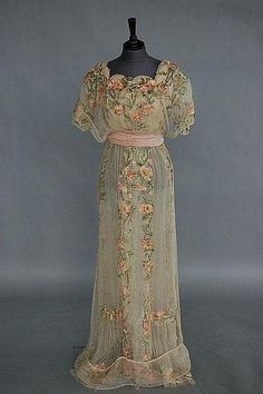 A rose embroidered bridal/evening gown circa 1912, Kerry Taylor ...