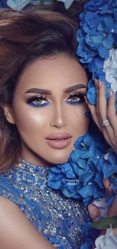 Love Flowers, Beautiful Flowers, Electric Blue, Shades Of Blue, Magnolia, Color Change, Most Beautiful, Feminine, Classy
