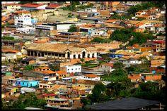 Vista de San Pedro de Independencia desde la vía al Cerro del Cristo, Municipio Idependencia, Estado Táchira, Venezuela.