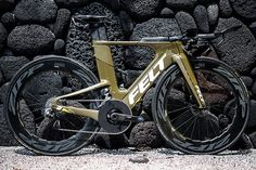 Zipp Speed Weaponry serves a select group of elite companies and athletes, globally located and committed to bicycle & wheelchair competition. Road Bikes, Cycling Bikes, Vintage Bikes, Bicycles, Track, Profile, Cat, Sports, Trek Bikes