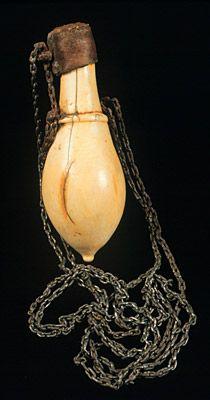 Africa, East Africa, Kenya, Kikuyu peoples Snuff box Ivory
