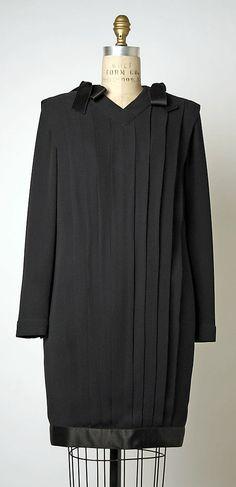 Cocktail dress, Chanel, designed by Karl Lagerfeld, fall/winter 1990-91, silk, Metropolitan Museum of Arts.