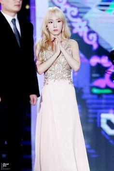 Kim Taeyeon, Girls' Generation.