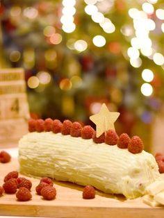 Bûche roulée framboises chocolat blanc : Recette de Bûche roulée framboises chocolat blanc - Marmiton
