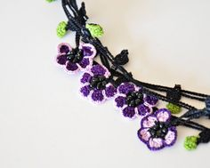 Crochet Necklace, Oya, Purple and Lavender Flowers,Beaded Jewelry, Crochet Jewelry, Violets. #ReddApple