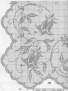 Filet crochet - Majida Awashreh - Picasa Web Albums by mari Filet Crochet Charts, Crochet Doily Patterns, Crochet Borders, Crochet Cross, Crochet Art, Thread Crochet, Crochet Motif, Vintage Crochet, Crochet Designs