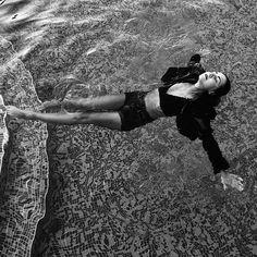 smoke on the water  #waterpool #crazy #girl #black