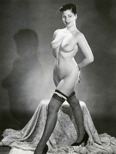 1940s Pin Up Girls Nude | 4x5.5 VOLUPTUOUS 1940s-1950s Pinup #2 * BIG BREASTS ...