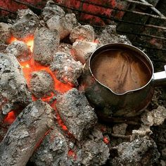 ImageFind images and videos on We Heart It - the app to get lost in what you love. Coffee Zone, Coffee Is Life, I Love Coffee, Coffee Art, Coffee Shop, Arabic Coffee, Turkish Coffee, Italian Coffee Maker, Aesthetic Photography Nature