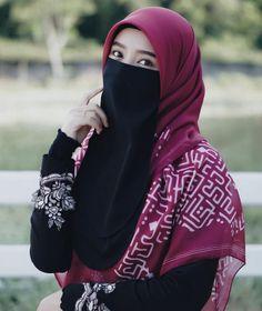 Cute Muslim Couples, Muslim Girls, Beautiful Muslim Women, Beautiful Hijab, Hijabi Girl, Girl Hijab, Islamic Fashion, Muslim Fashion, Niqab Fashion