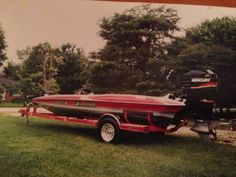 Promax Luxury Boats, Mercury Outboard, Fast Boats, Antique Cars, Racing, Vintage Cars, Running, Auto Racing