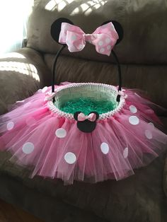 Minnie Mouse Easter Basket. I made this!