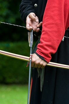 Knocking Up by alexstanhope, via Flickr Archery Tips, Longbow, Traditional Archery, Bow Arrows, Crossbow, Knock Knock, Lust, Bows, Fantasy Clothes