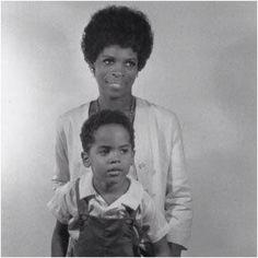 Young Lenny Kravitz + mom, Roxie Roker