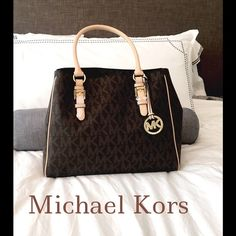 322f0ff9e5c9a8 Spotted while shopping on Poshmark: ✨NEW MICHAEL KORS BROWN JET SET WORK  TOTE✨! #poshmark #fashion #shopping #style #Michael Kors #Handbags