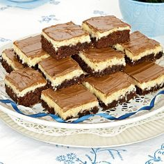 Tycker du om godiset Bounty kommer du att älska Bountyrutor! Cocoa Recipes, Chocolate Recipes, Baking Recipes, Dessert Recipes, Swedish Recipes, Sweet Recipes, Bagan, Sweet And Salty, Dessert Bars