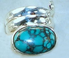 20 X 14 mm accented Turquoise has an oval shaped and green/black color. Women's Jewelry, Womens Jewelry Rings, Green Turquoise, Weights, Sterling Silver Rings, Turquoise Bracelet, Color, Black, Black People